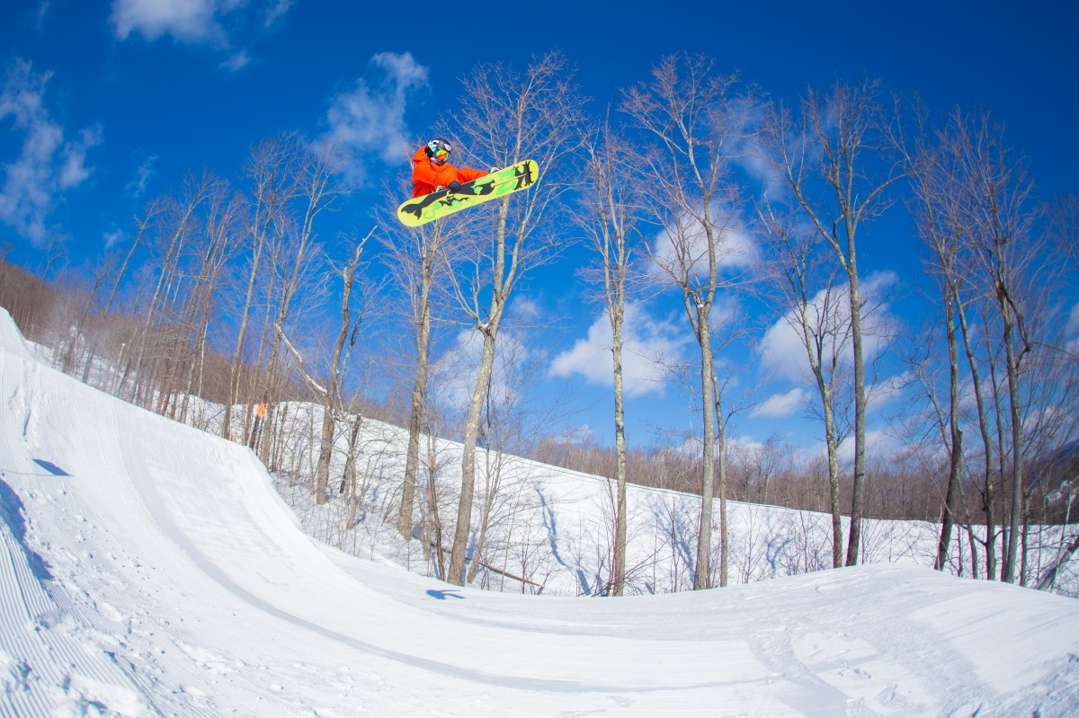 Spring Skiing Savings With Okemo's Skiesta Card