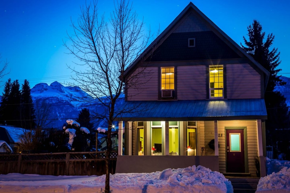 A cozy three-bedroom home in Revelstoke. (AirBnB)