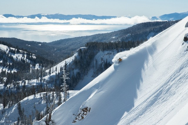 Feet-of-snow-is-on-the-way-for-the-Sierra-Nevada-range-Squaw-Valley-Alpine-Meadows-Facebook