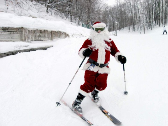 Shanty-Creek-skiing-Santa