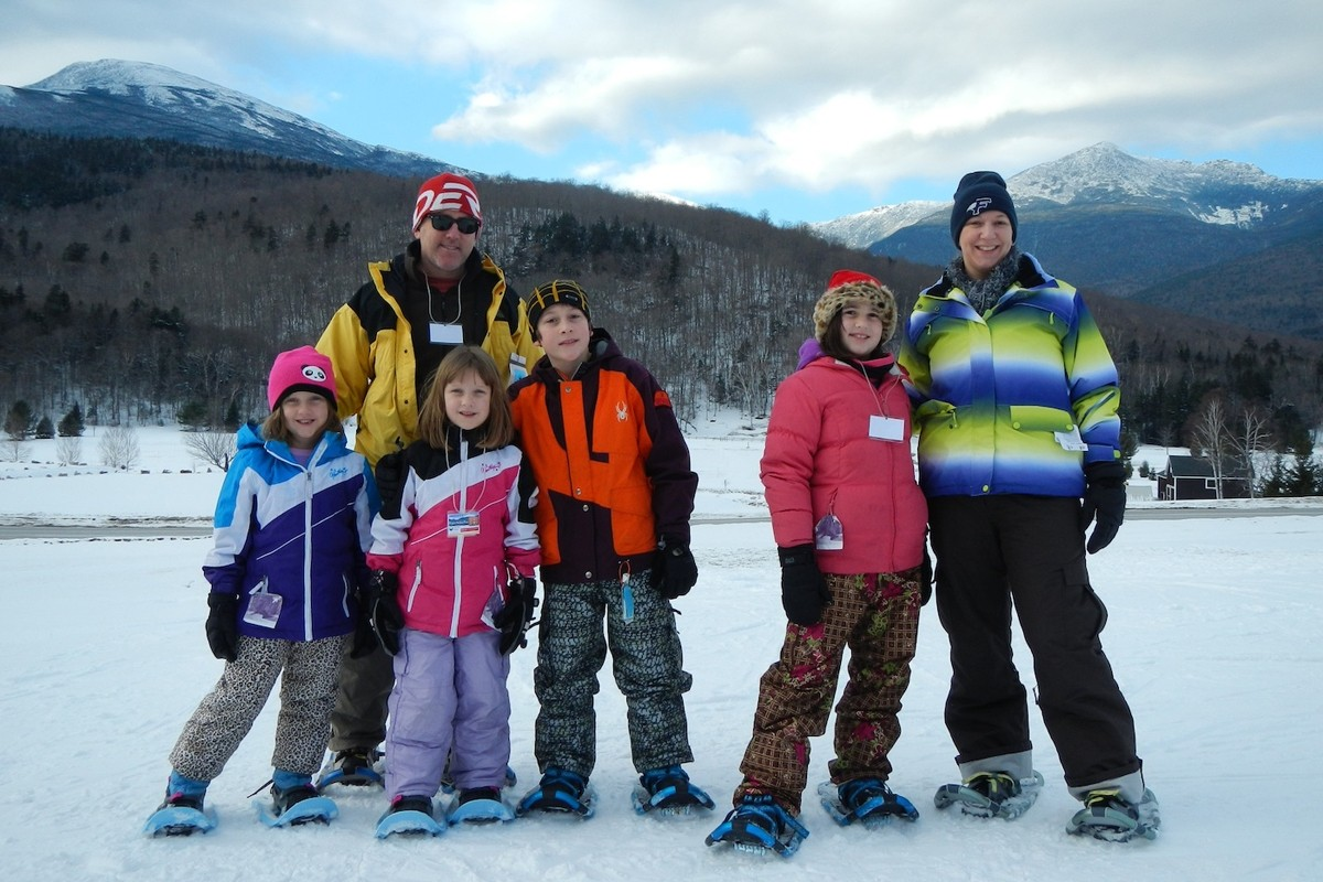 Great Glen Trails offers free guided snowshoe tours every Saturday. (Great Glen Trails)