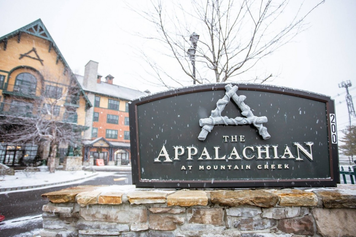 Mountain Creek's The Appalachian makes getting onto the snow easy. (Mountain Creek/Facebook)