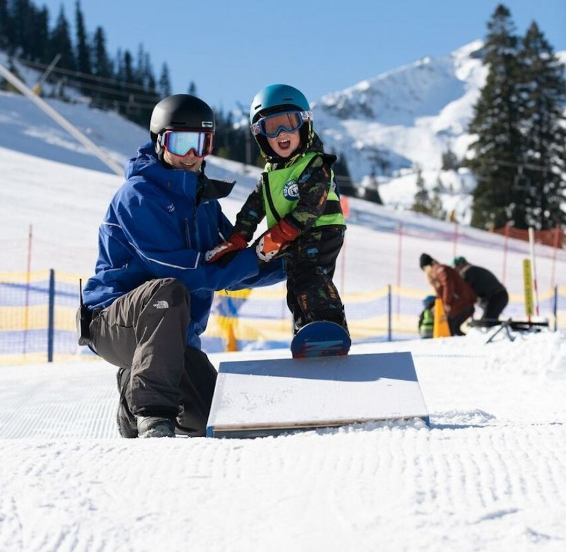 Instruction from a kid-specific teacher at Squaw's Riglet Park. (Squaw Valley Alpine Meadows)